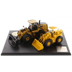 85558 966A Wheel Loader and 966M Wheel Loader